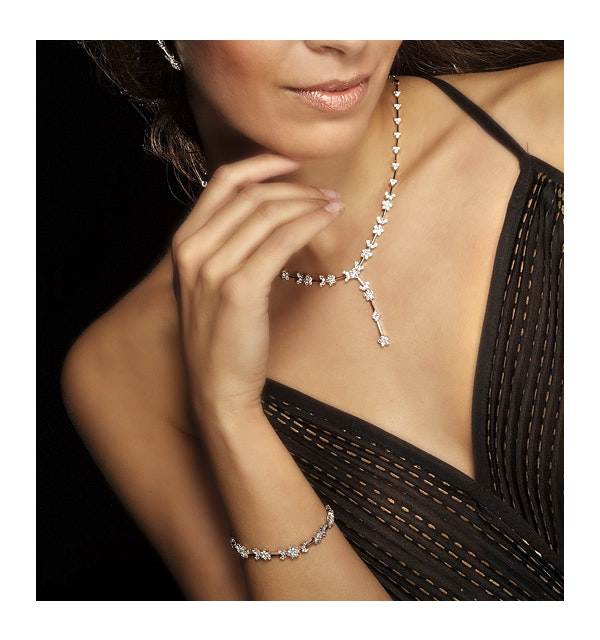 18K White Gold Diamond Necklace 4.73ct - image 1