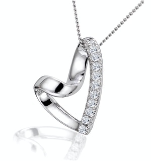 Lab Diamond Heart Necklace Pendant 0.10ct H/SI Set in 925 Silver