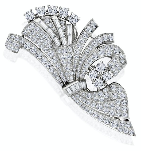 Vintage Platinum 8ct Diamond Brooch - image 1