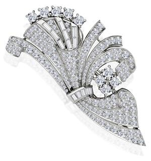 Vintage Platinum 8ct Diamond Brooch
