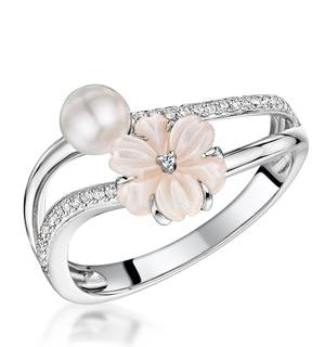 4.5mm Pearl with Shell and Diamond Stellato Ring in 9K White Gold